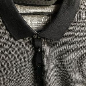 Express short sleeve quarter button up